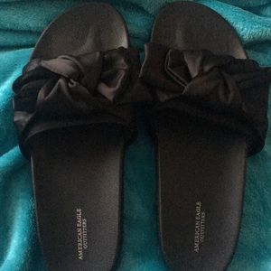 AEO Bow slippers